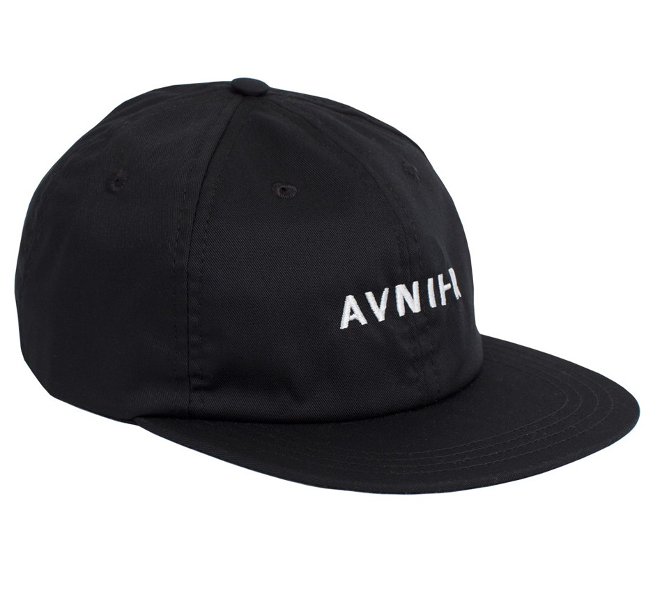 6 PANELS BLACK CAP