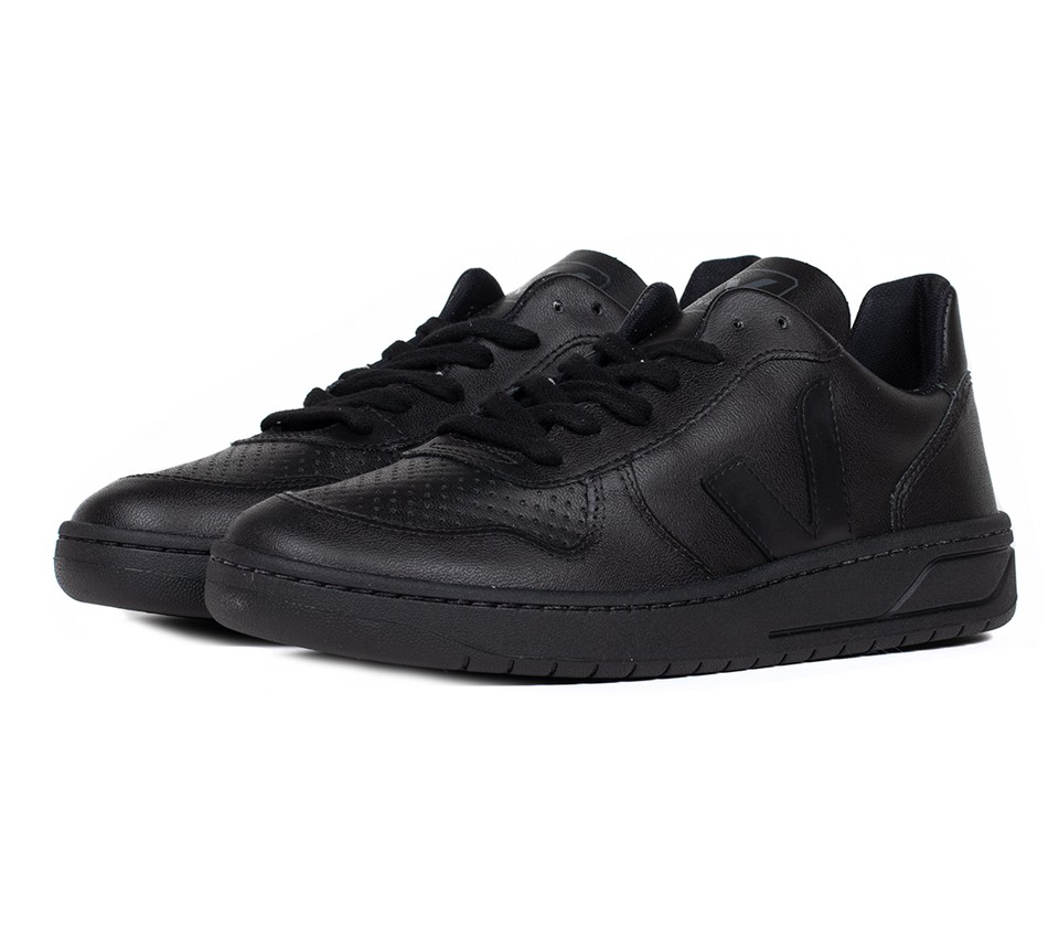 V10 CWL BLACK BLACK SOLE